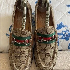 GUCCI Jordaan Jacquard canvas loafers. 🛑🛑🛑